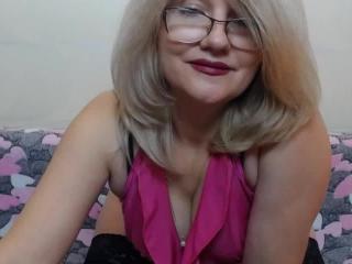 BlondWoman